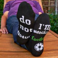 """Sok '-""""do not disturb, I am watching football"""""""